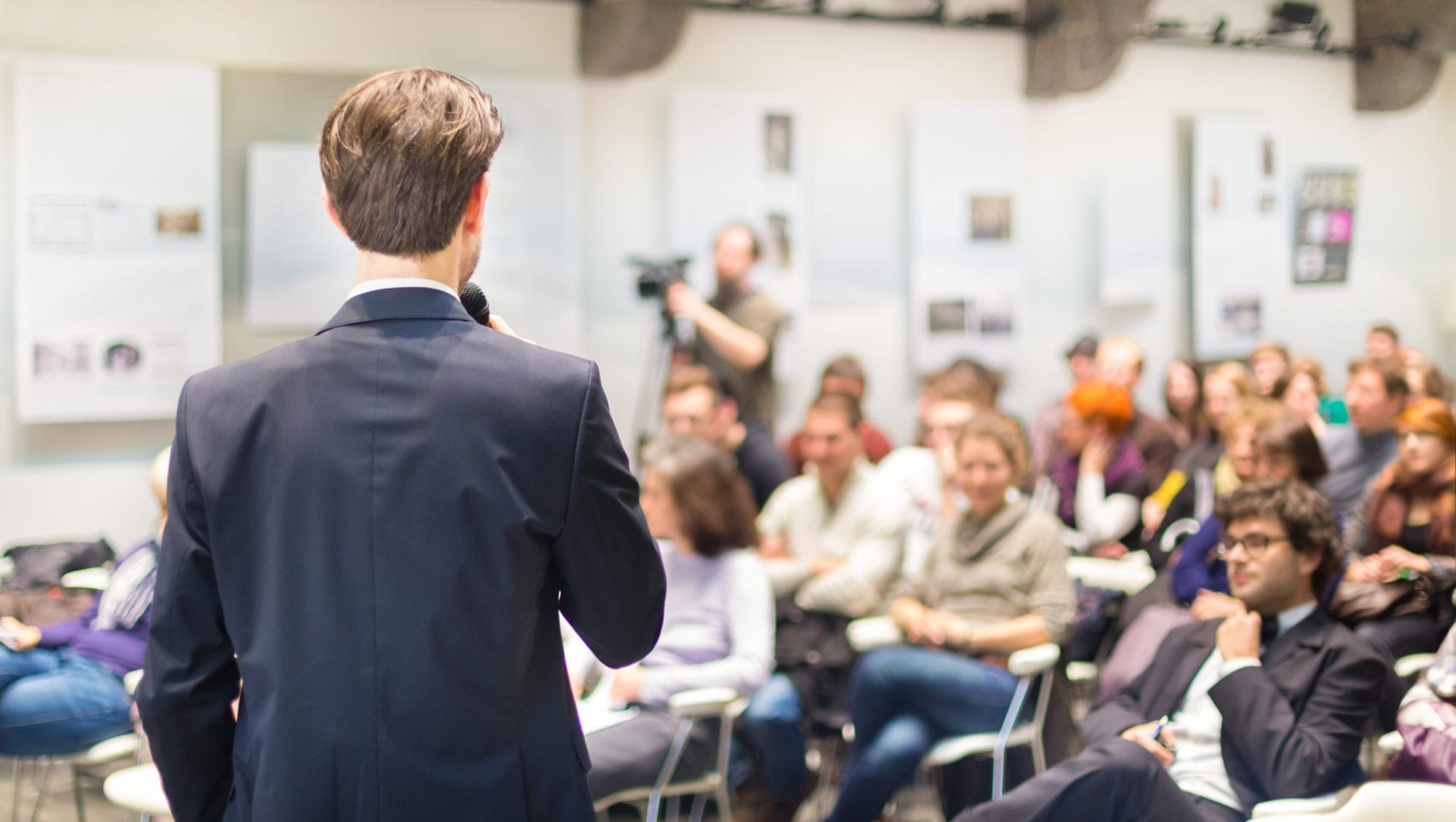 supporting a business event Small businesses should choose just one charity to support it would be great if the charity is related to the business if not, you should talk with your employees and see what charities/causes they feel passionate about and choose one of those.